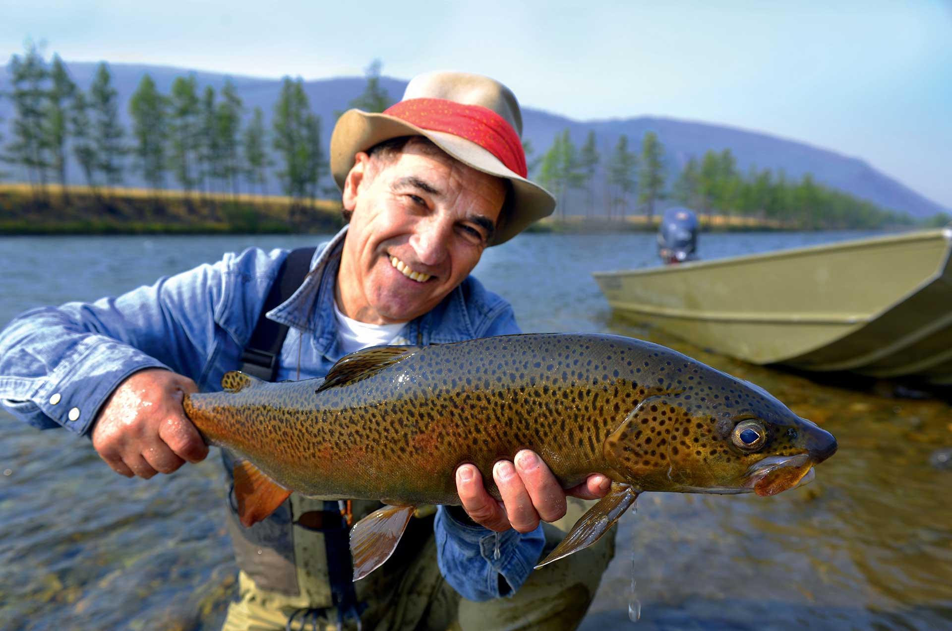 Mongol Tsaatan Gal Pac Voyages de pêche
